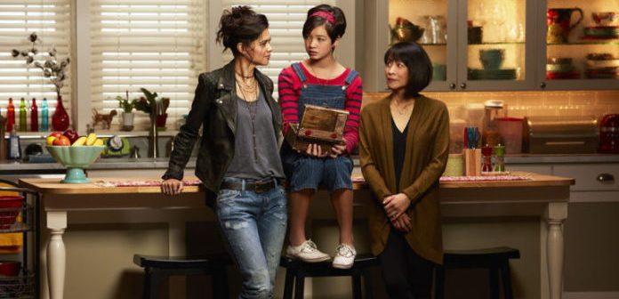 Disney Channel renova série que mostra primeiro personagem gay do canal